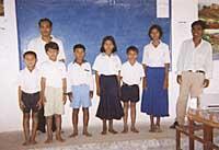 手紙をくれたカンボジアの米百俵スクールの子どもたち